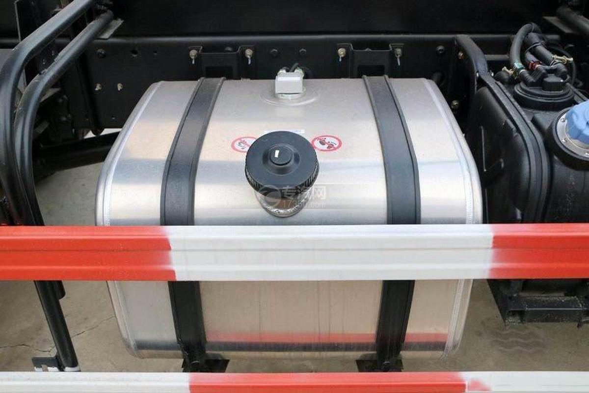湖北大运风度3.75米自卸车油箱