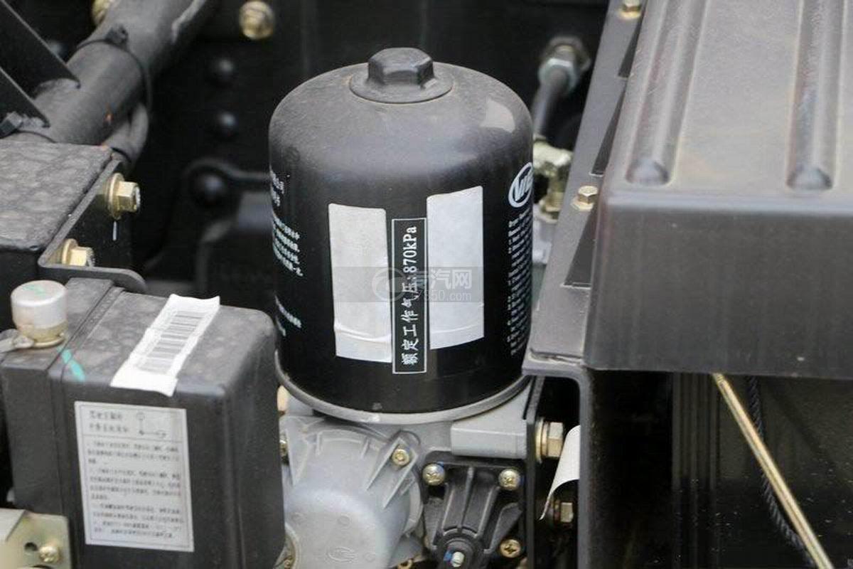 湖北大运风度3.75米自卸车压力罐