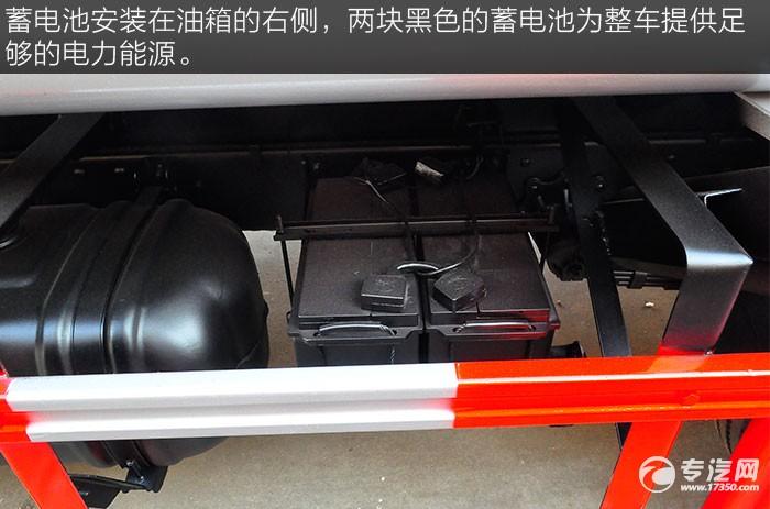 解放虎VN 5.1方加油车蓄电池