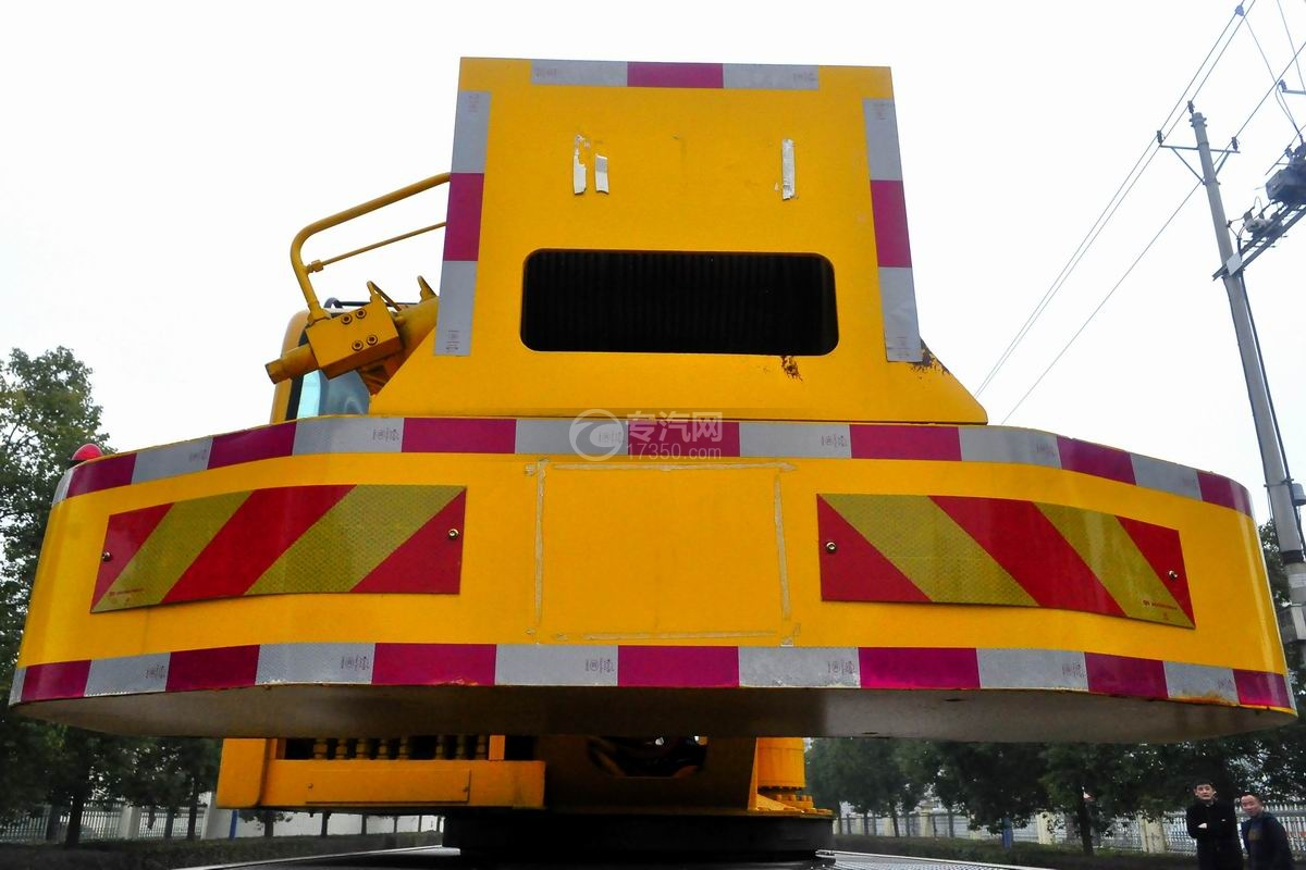 陕汽轩德6系12吨汽车起重机细节