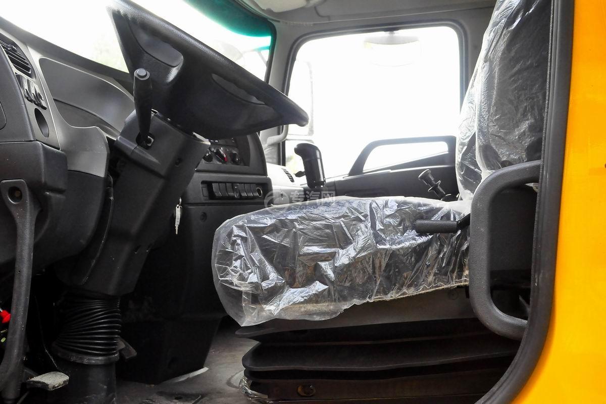 陕汽轩德X6一拖二平板澳门威尼斯人平台网址驾驶室