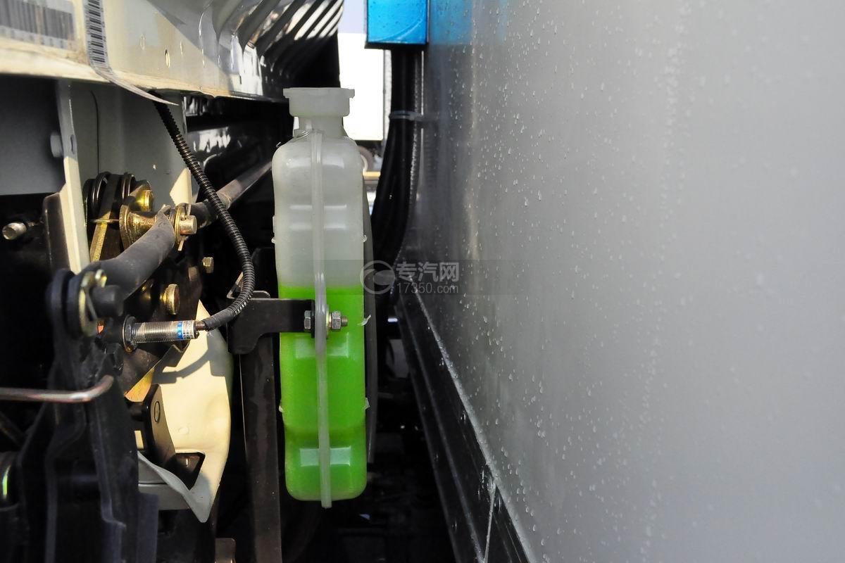 大运奥普力4.1米肉钩冷藏车冷却液