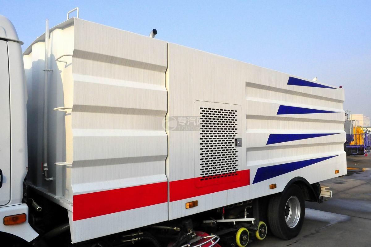 东风多利卡D7洗扫车上装箱体