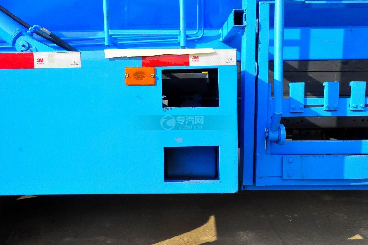 东风大多利卡餐厨式垃圾车上装细节