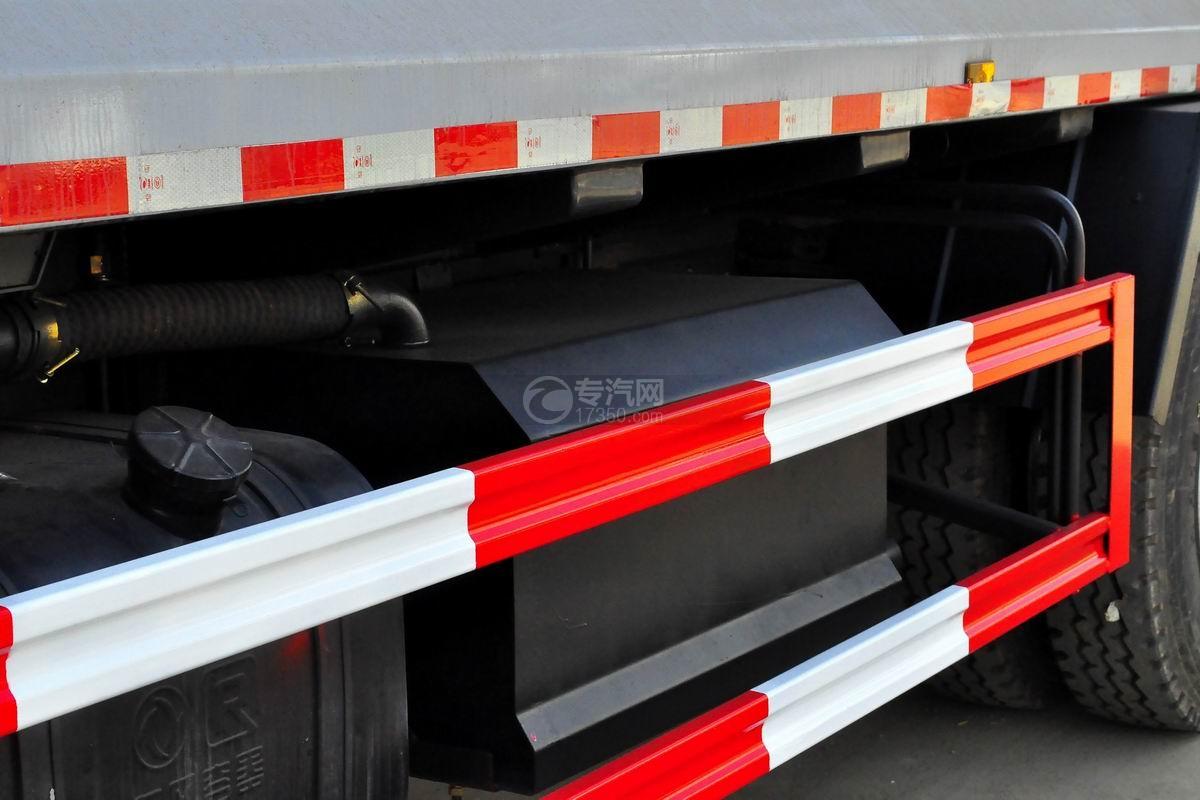 东风锦程12至14方压缩式垃圾车细节
