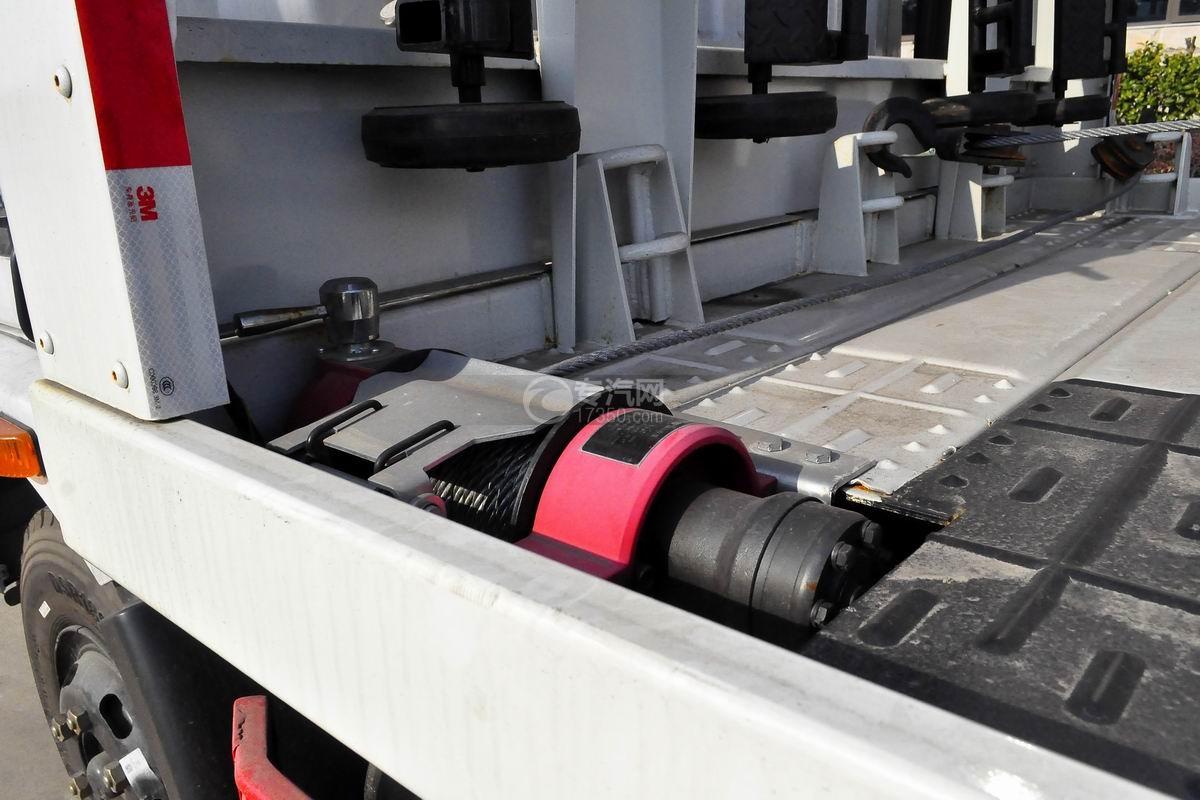 东风多利卡D8一拖二平板清障车液压绞盘