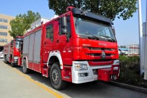 重汽豪沃單橋搶險救援消防車圖片