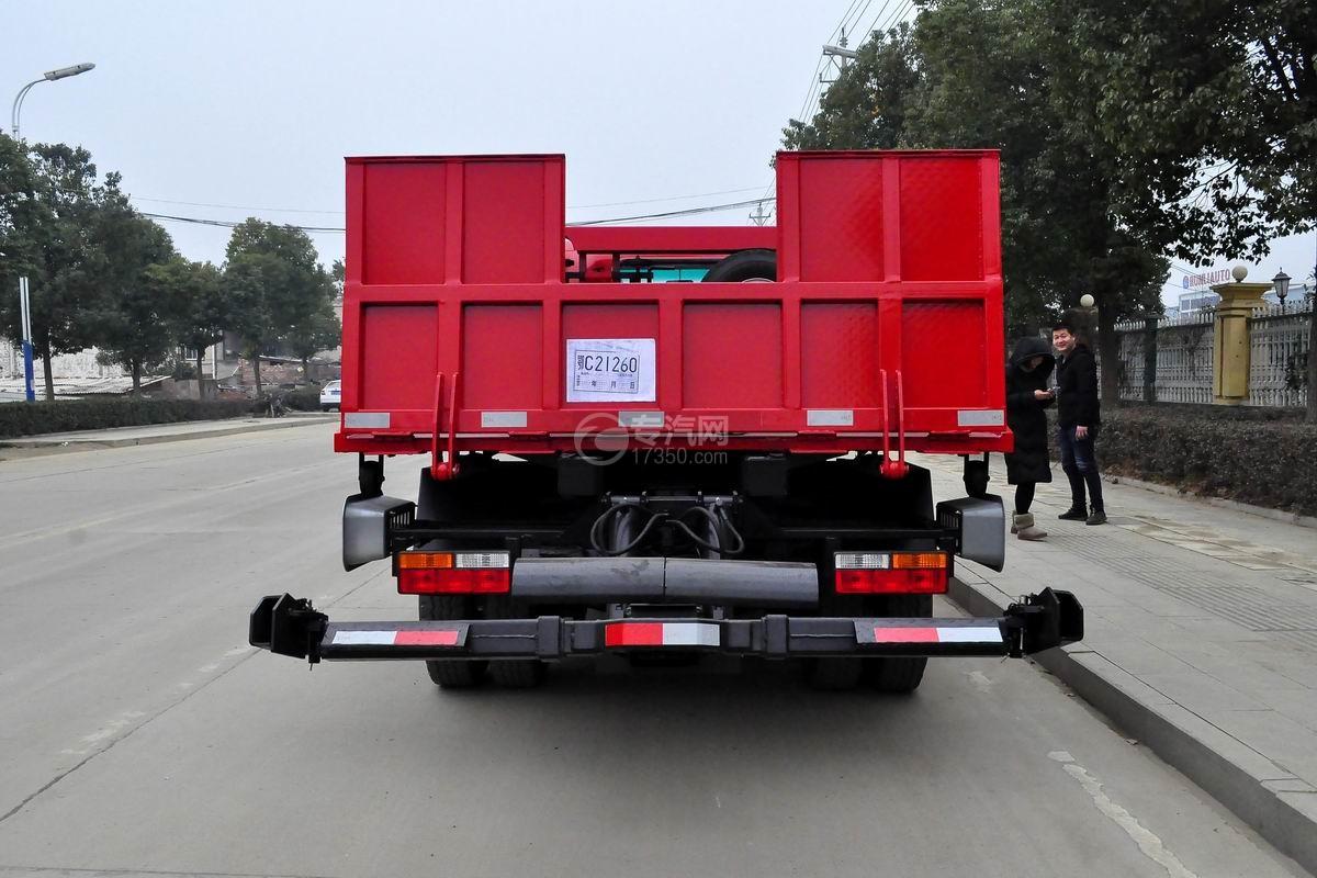 大运奥普力一拖二平板清障车(红色)正后图