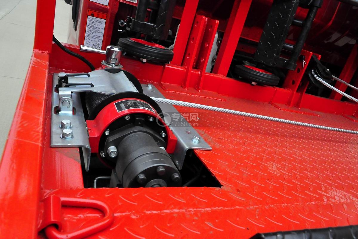 大运奥普力一拖二平板清障车(红色)液压绞盘