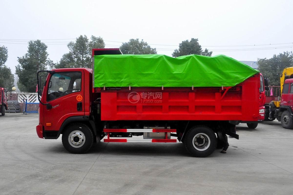 大运奥普力单排带篷布自卸式垃圾车侧面图