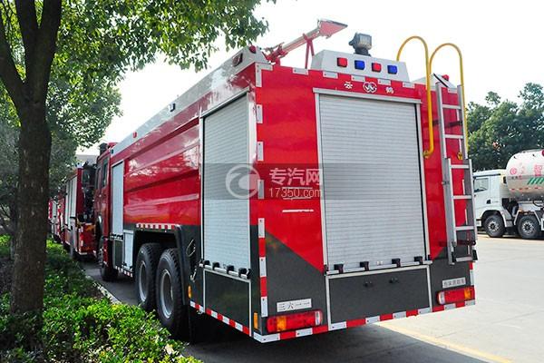 重汽豪沃后双桥泡沫消防车打开图纸怎么图片
