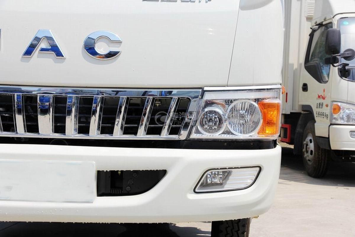 江淮骏铃H330单排4.15米厢式货车车灯