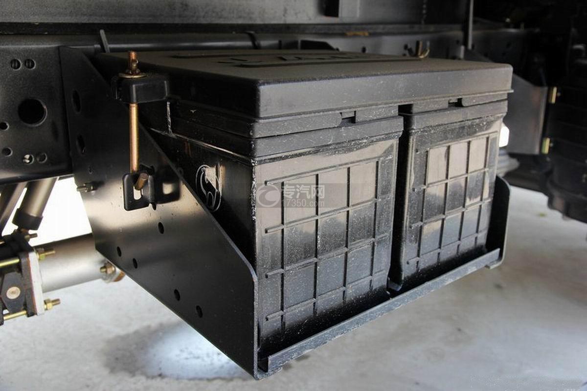 江淮骏铃H330单排4.15米厢式货车蓄电池