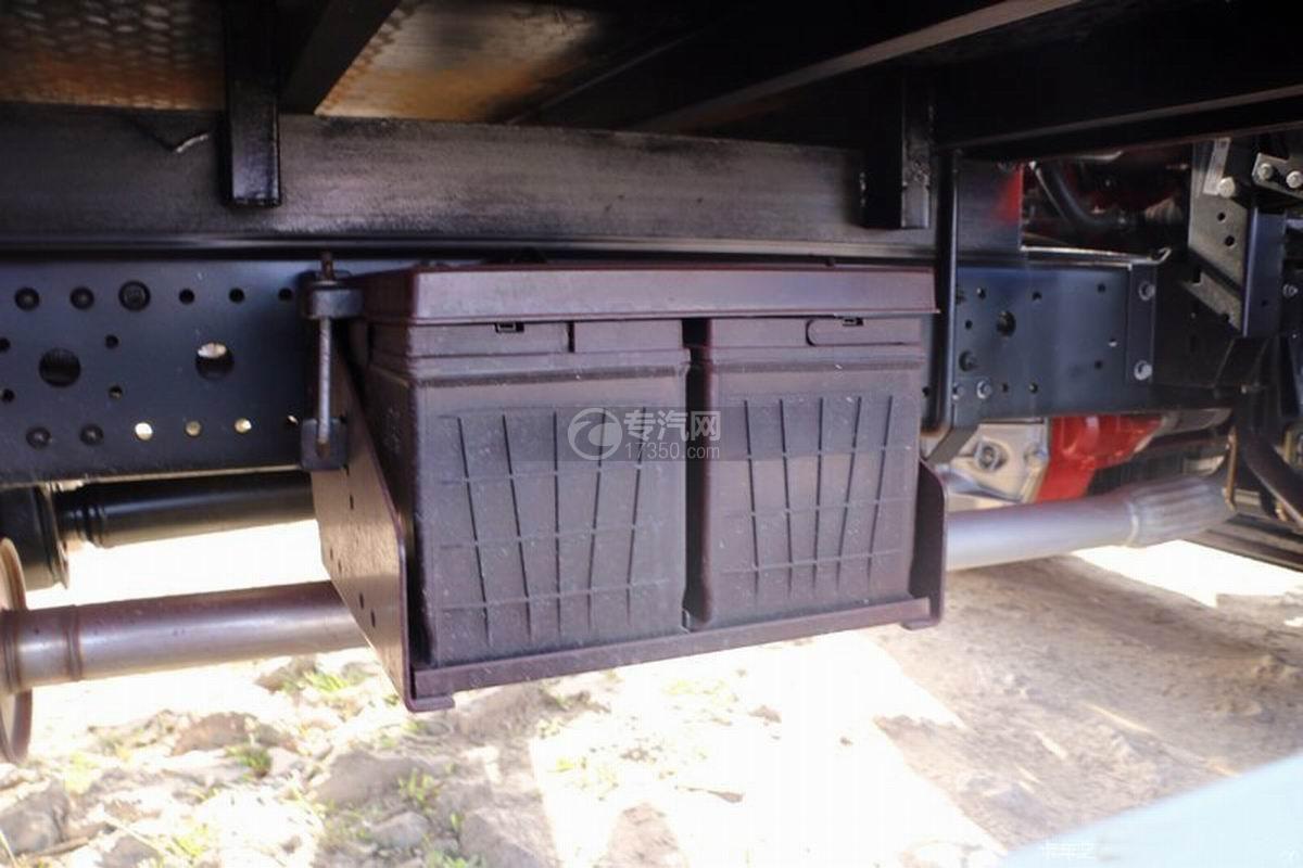 江淮帅铃Q3排半5.2米厢式货车蓄电池