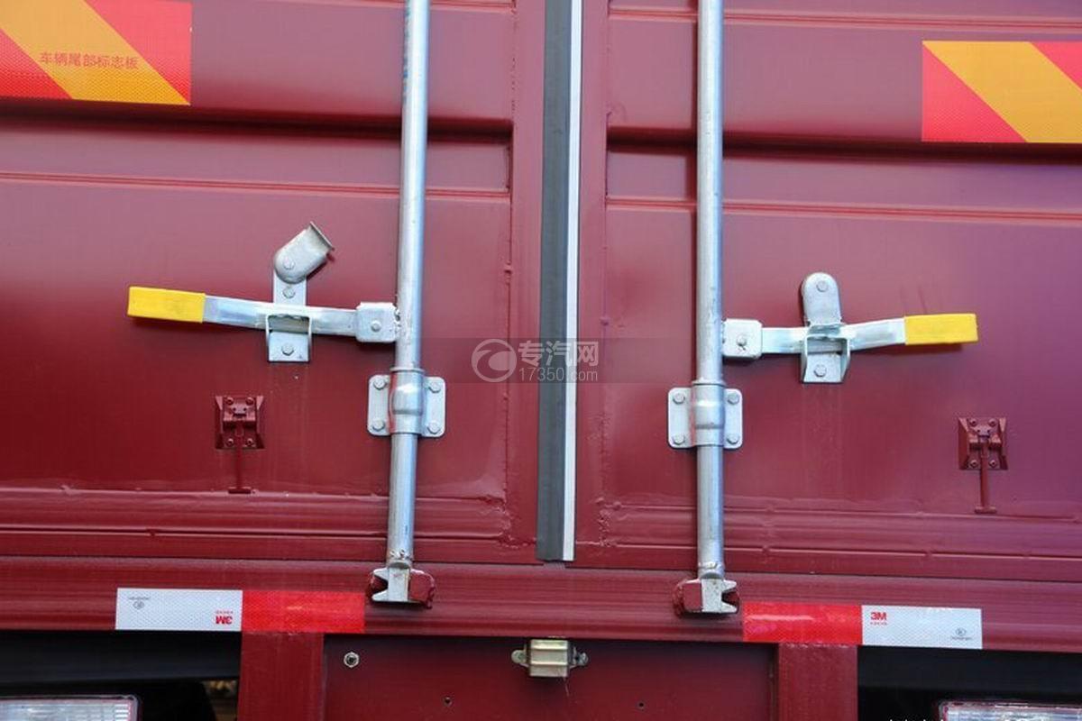 江淮帅铃Q3排半5.2米厢式货车货箱细节