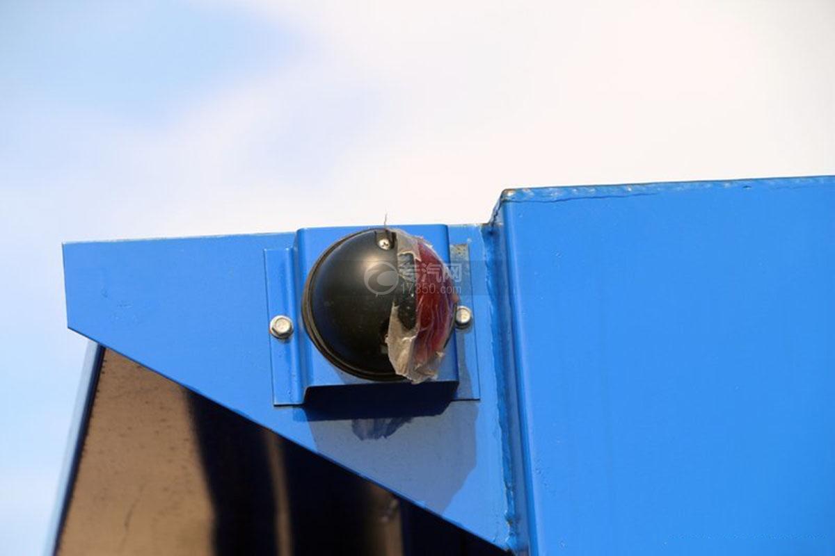 江淮骏铃3.5米自卸车上装警示灯