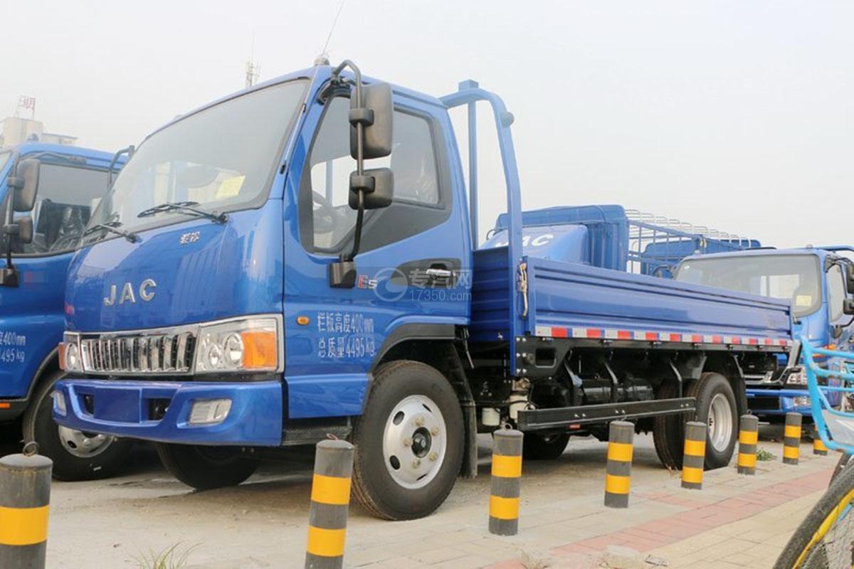 江淮骏铃E5单排4.18米载货车左侧图