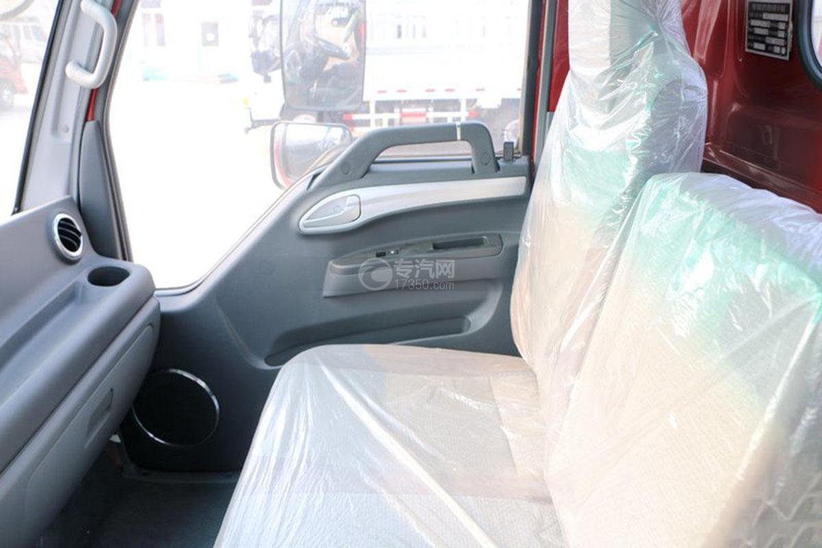 江淮骏铃E6单排4.18米载货车座椅