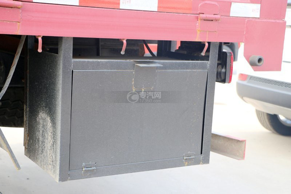 江淮骏铃E6单排4.18米载货车蓄电池