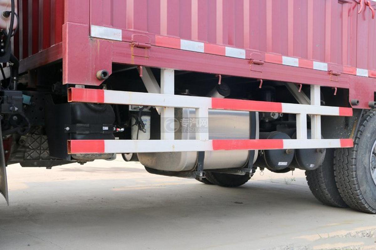 江淮骏铃E6单排4.18米载货车油箱