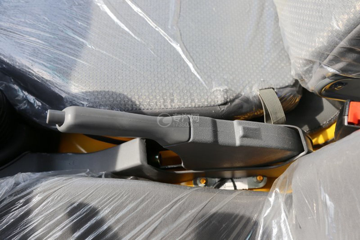 江淮駿鈴E3 3.2米雙排載貨車制動器
