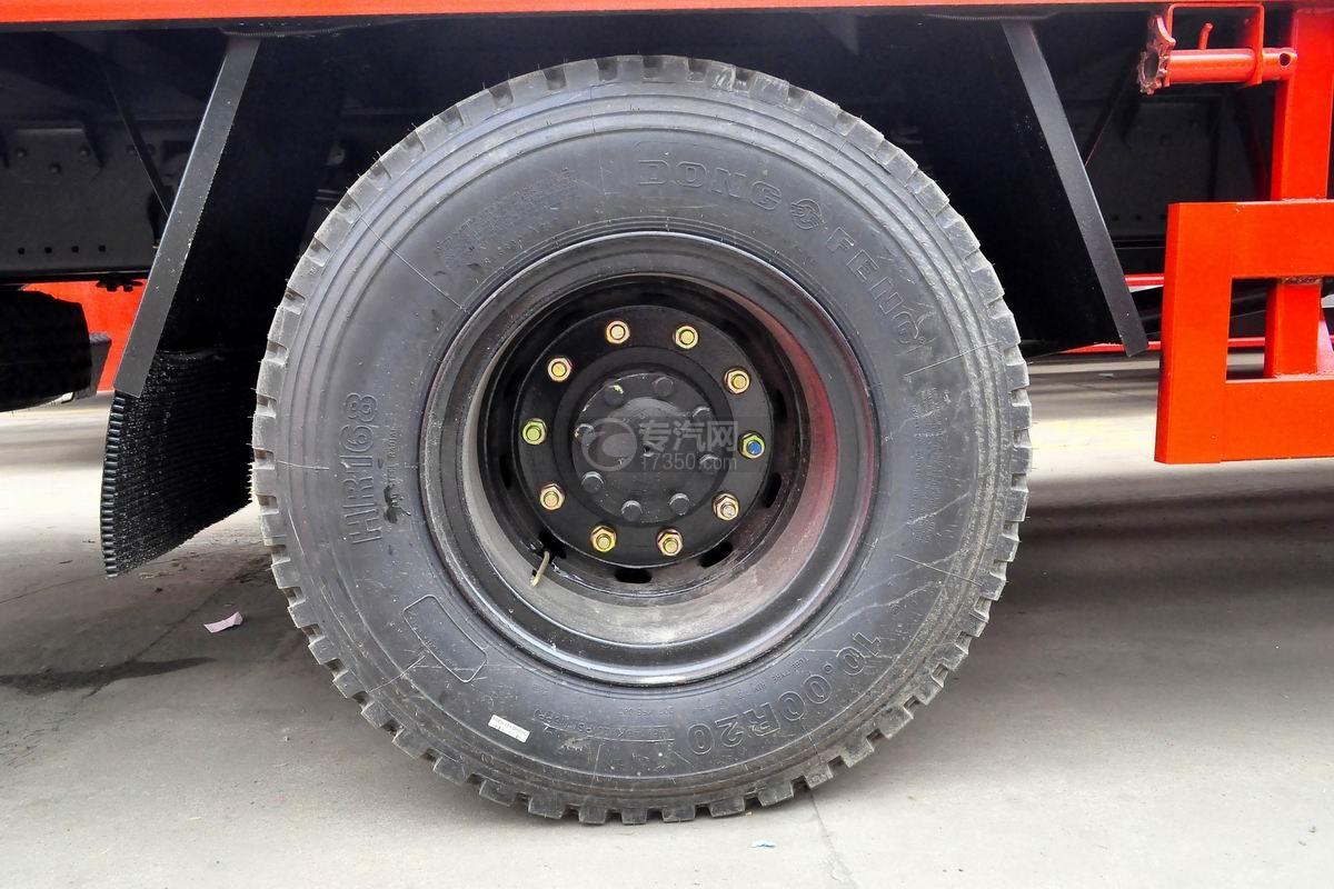 东风T5单桥平板运输车轮胎
