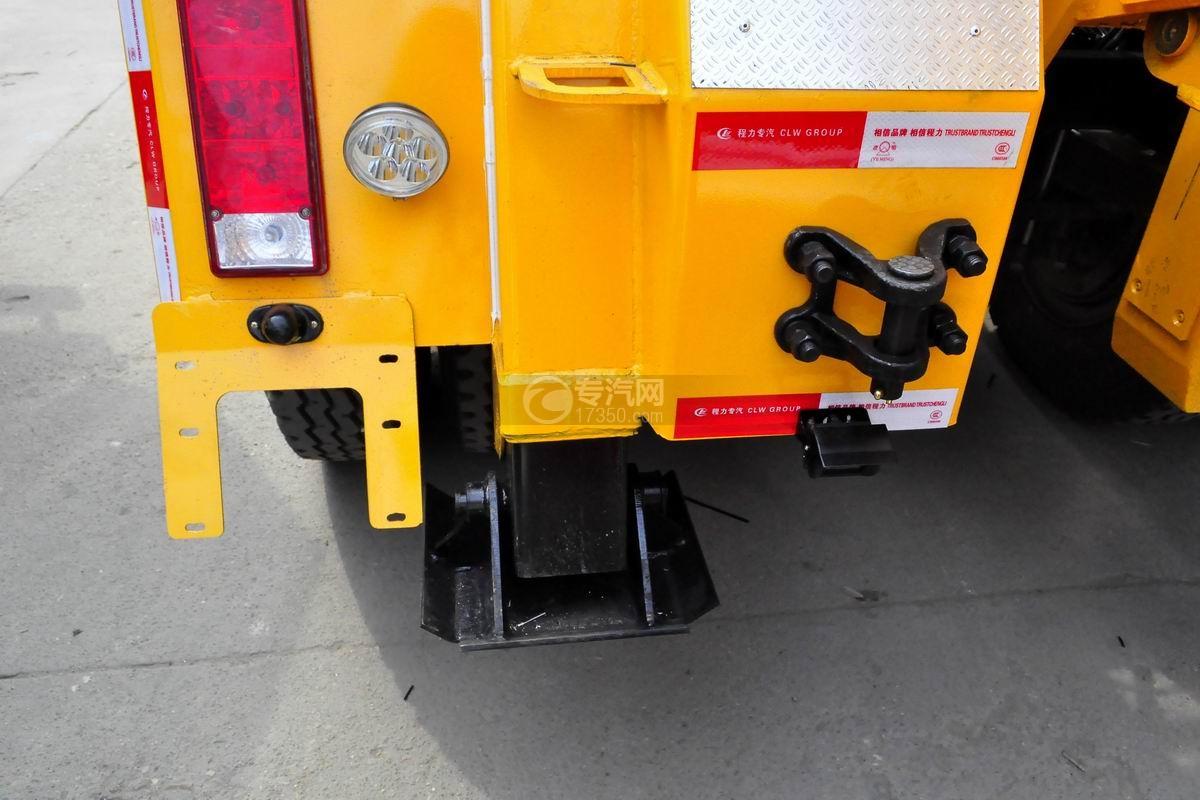 重汽豪瀚单桥拖吊联体清障车(黄色)后支腿