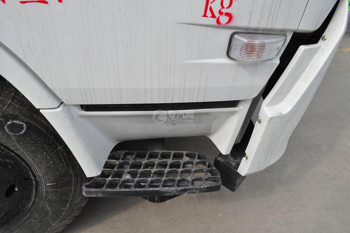 东风天锦压缩式垃圾车12-14方脚踏板