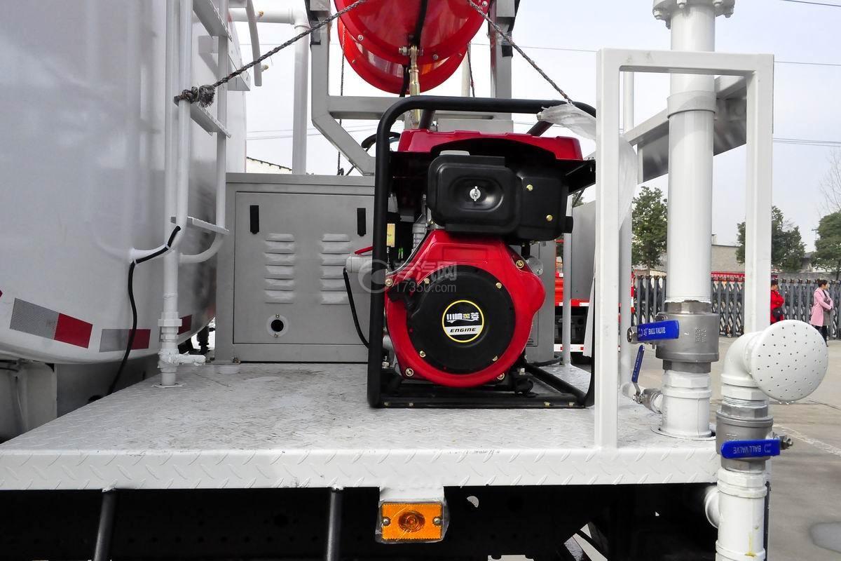 东风专底畅行D1L国五9.55立方米绿化喷洒车发电机