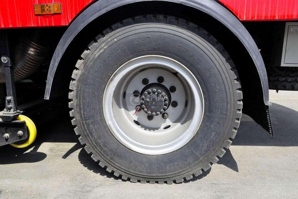 江淮格尔发单桥洗扫车轮胎