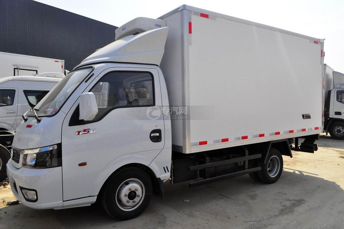 东风途逸T5冷藏车图片