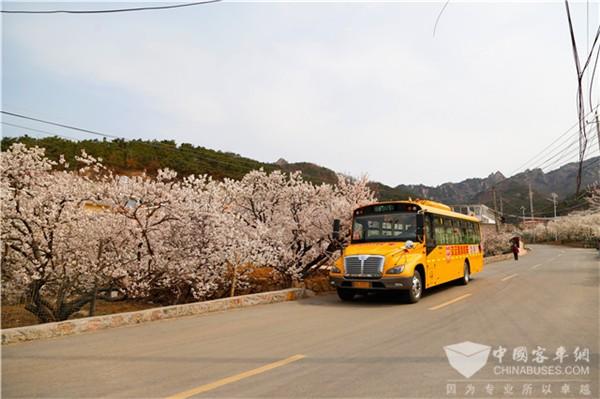 开往春天的校车|7年5万多公里,中通校车安全服务山区学童