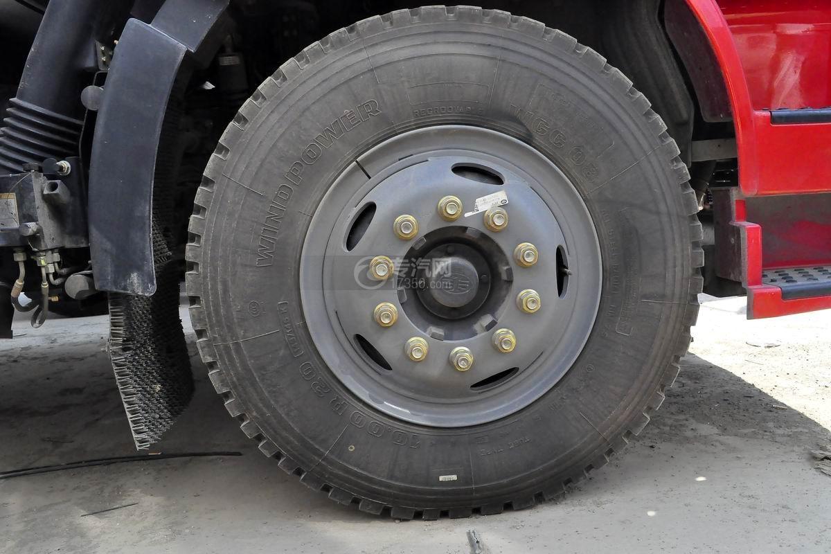 解放J6L单桥冷藏车轮胎