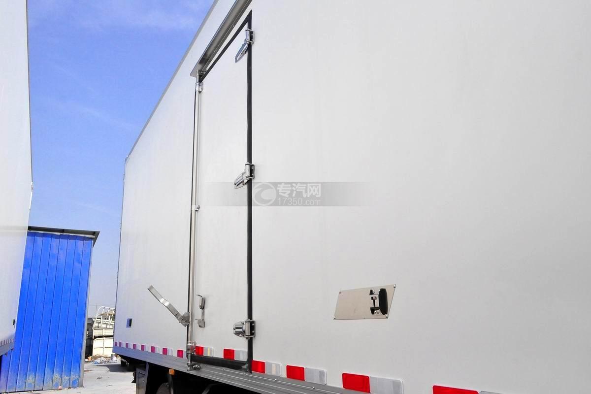 解放J6L单桥冷藏车厢体
