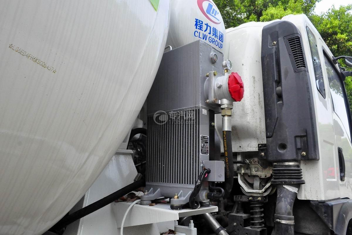 湖北大运运途6方搅拌车散热器