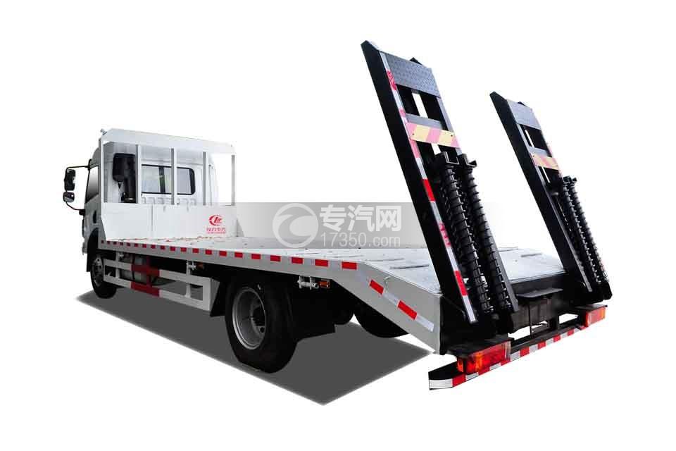 解放龙V单桥平板运输车(白色)侧后方图