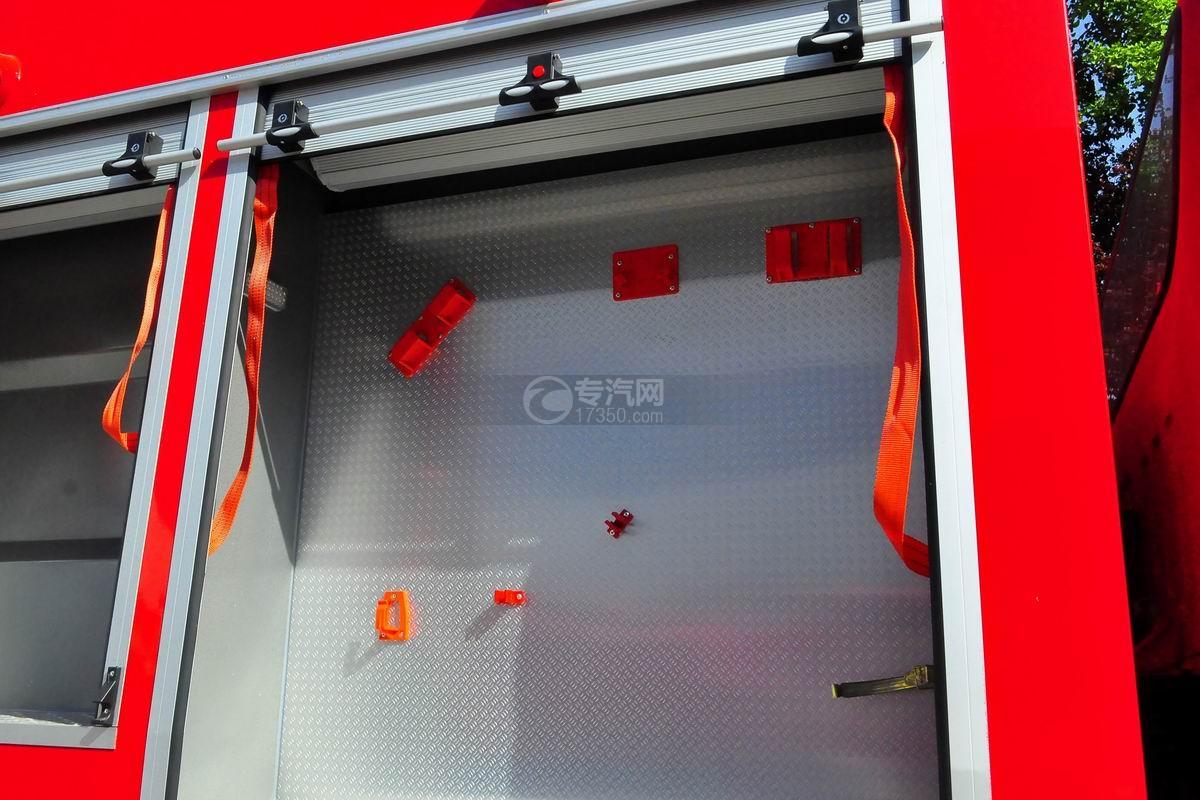 东风153双排座5.2方水罐消防车上装器材厢