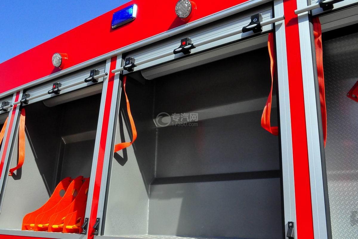 东风153双排座5.2方水罐消防车上装卷帘门