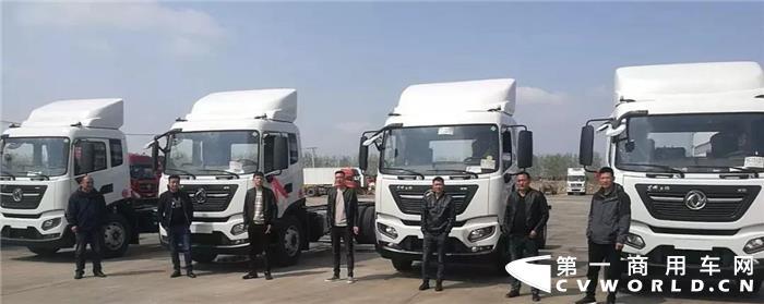 渔产保鲜靠东风 天锦KR鱼鲜车批量交付连云港客户