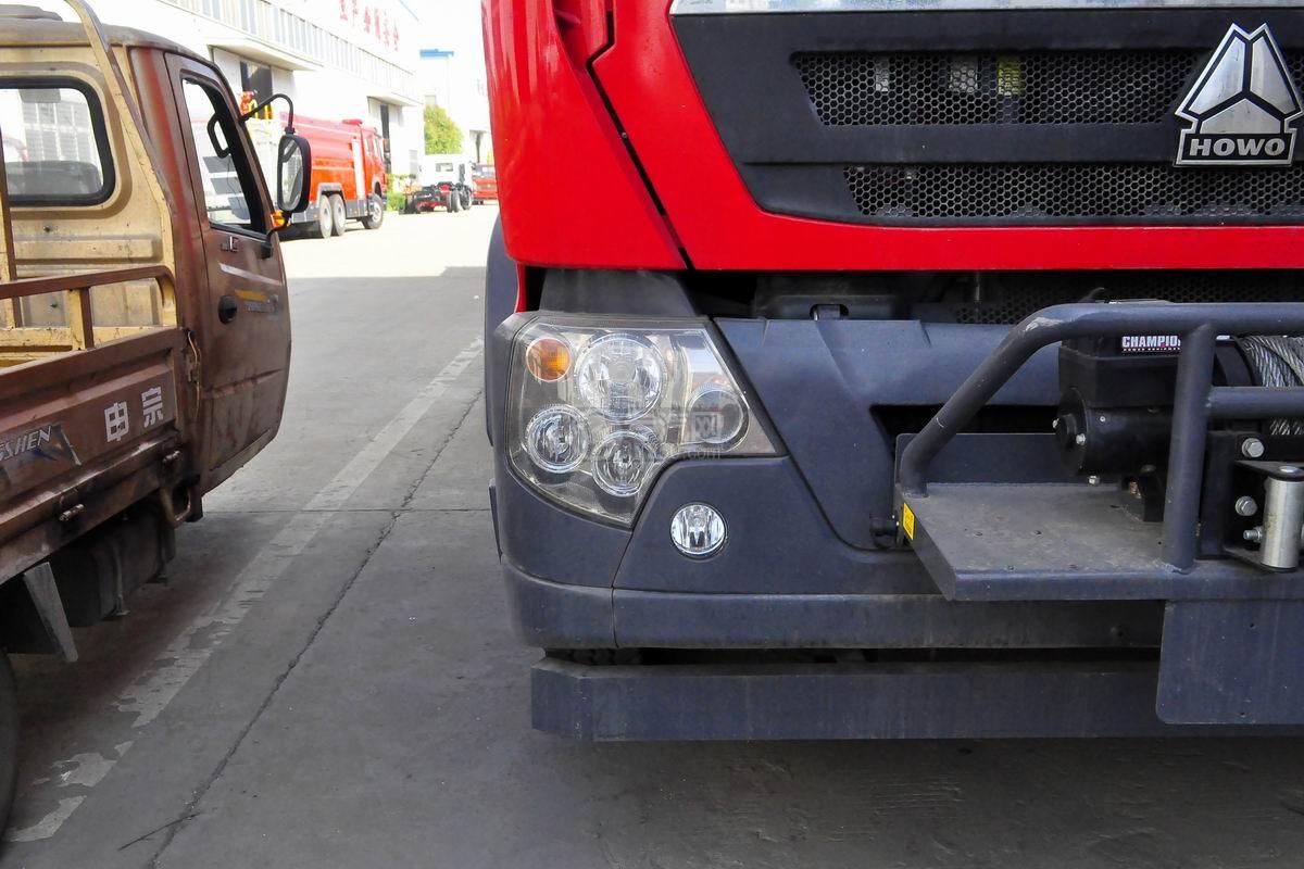 重汽HOWO单桥抢险救援消防车转向灯