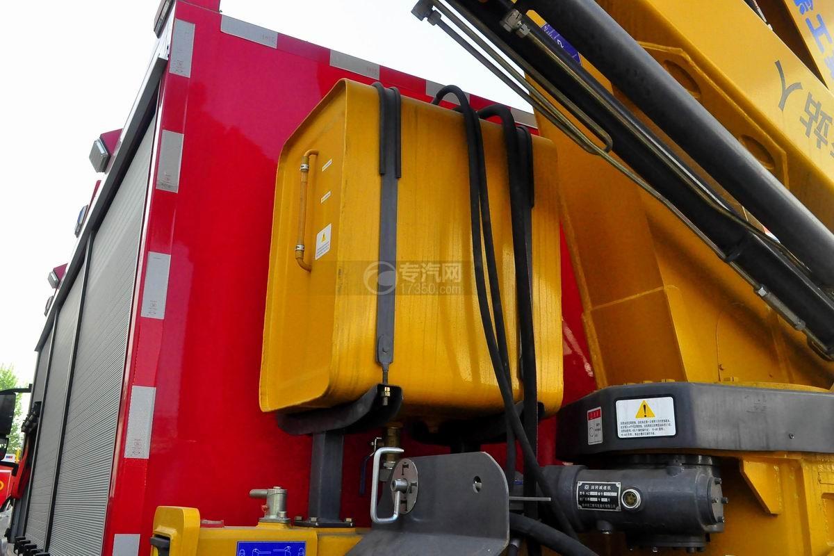 重汽HOWO单桥抢险救援消防车液压油箱