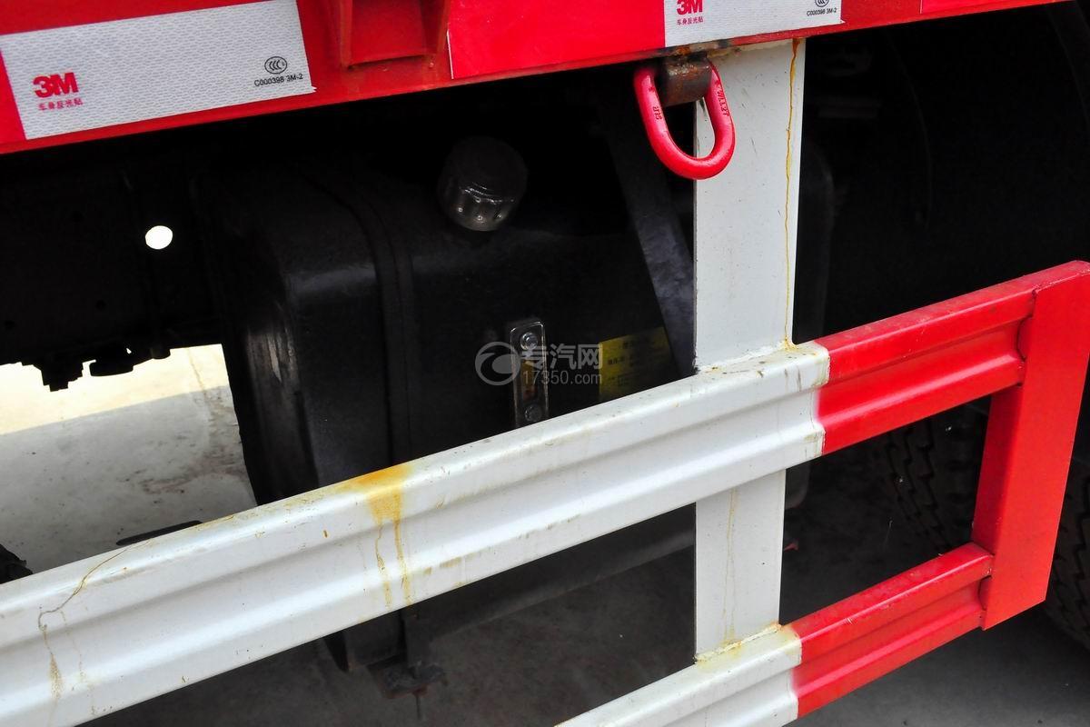 东风单桥长兴8吨直臂随车吊液压油箱