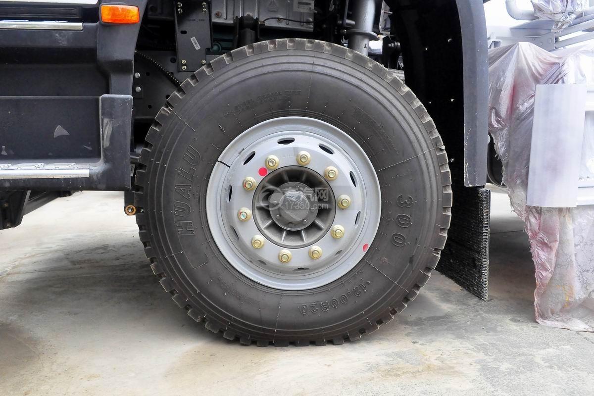 重汽豪沃单桥搅拌车轮胎