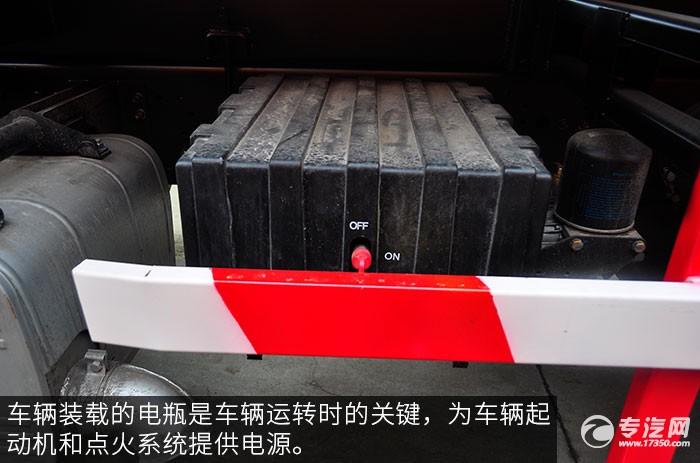 陕汽德龙F3000前四后八380马力自卸车蓄电池