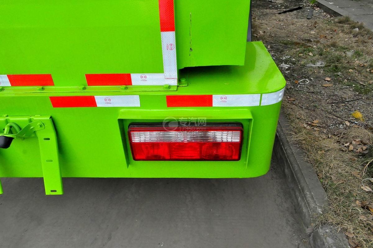 东风多利卡6方餐厨式垃圾车外观尾部示意灯图