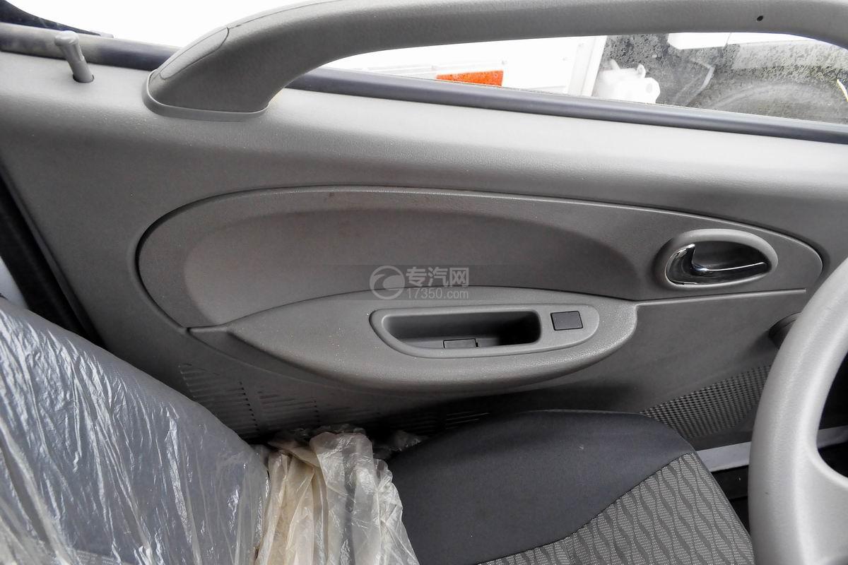 东风多利卡国六压缩式垃圾车电动车窗