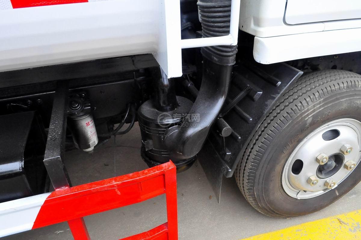 东风多利卡国六压缩式垃圾车空滤