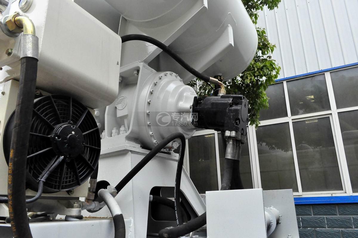 陕汽德龙新M3000前四后八搅拌车液压马达