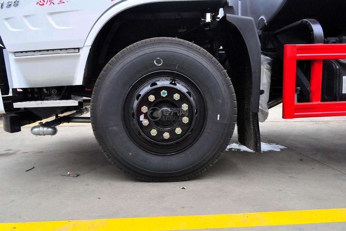 东风专用底盘D3绿化喷洒车轮胎