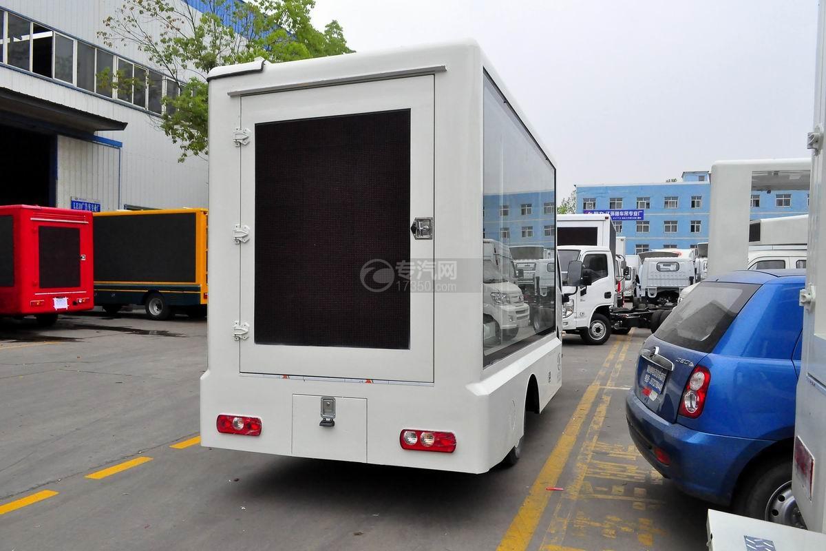 南京跃进LED广告宣传车右后侧45度图